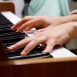 作曲編曲の中でコード楽器のヴォイシングをどう決めるか
